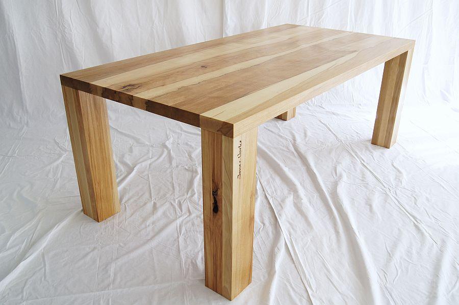 tische von jones jones works. Black Bedroom Furniture Sets. Home Design Ideas